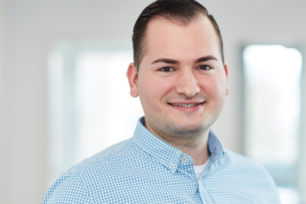 Portrait Steuerfachangestellter Ivan Roguljic